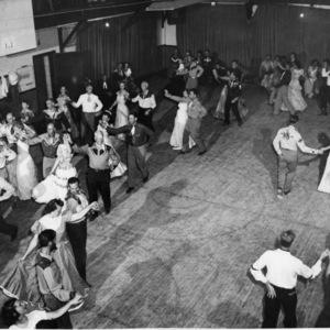 Round Dance #3 8:47.jpg