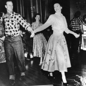 hbz-prince-philip-queen-elizabeth-1951-gettyimages-51309611_2.jpg